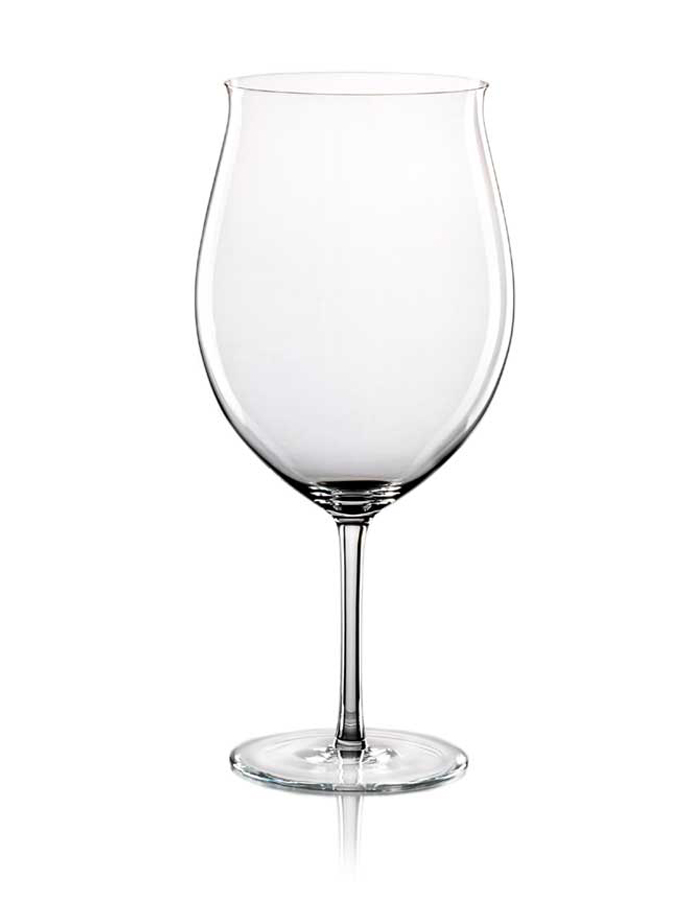 wine glass shaped decanter